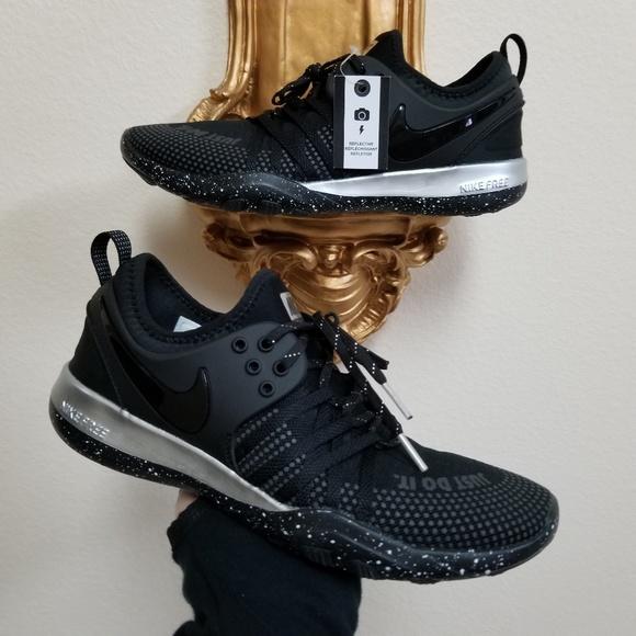42f83ef2b01 Nike Free TR 7 Selfie Women s Training Shoes. M 5b543e6334a4ef6162bd44ac